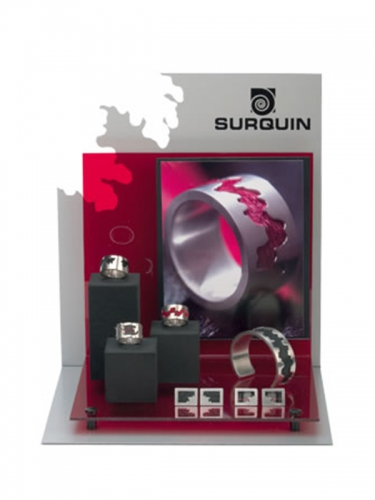 TN103 - Surquin Product Display